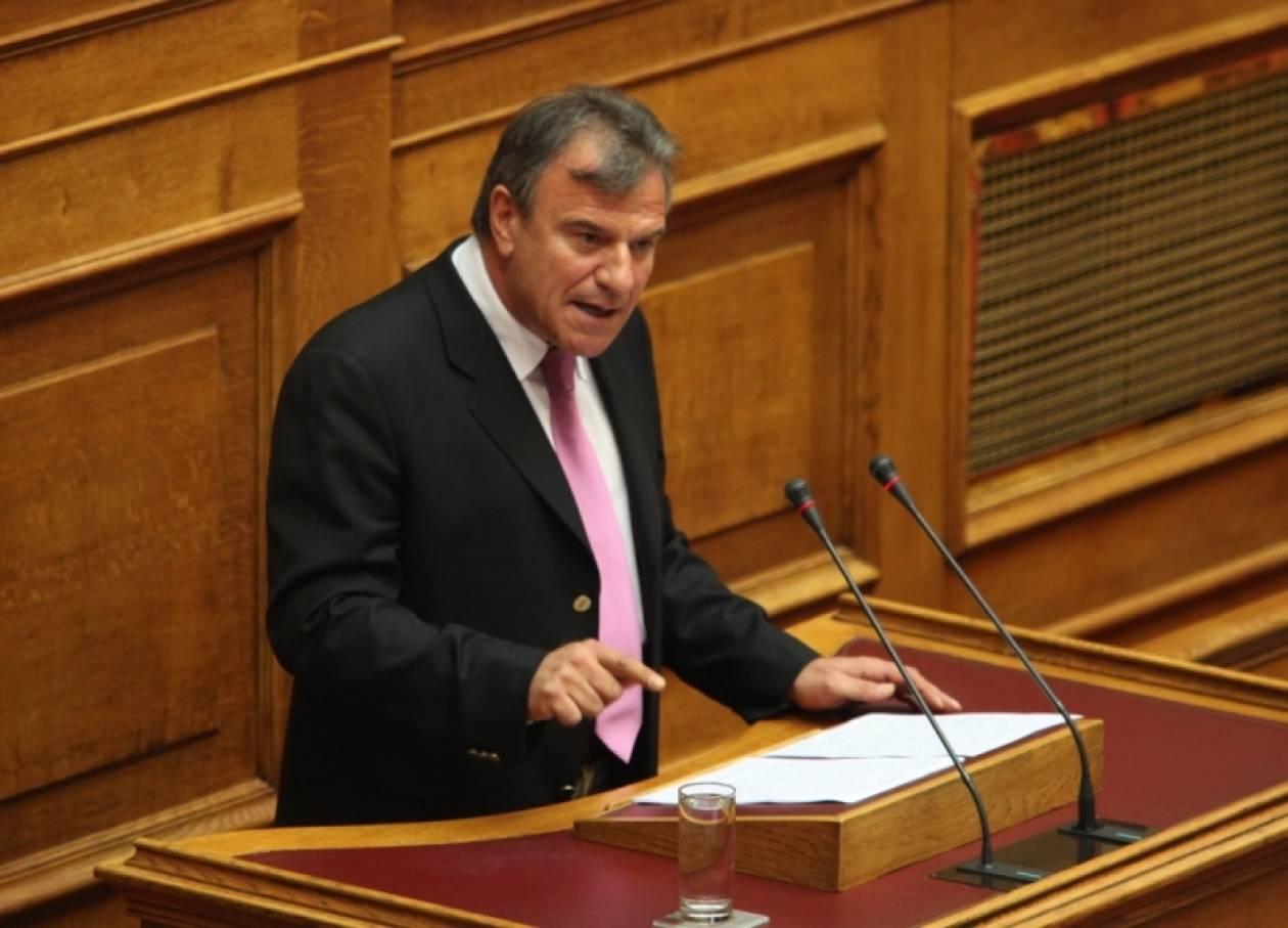 Δ. Λιντζέρης: «Από την ομιλία Παπανδρέου εξαρτάται η ψήφος μου»