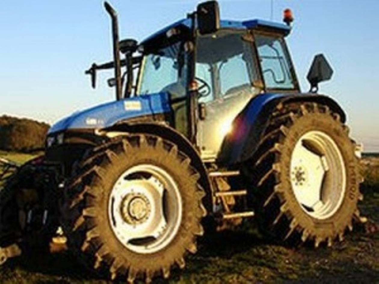 Αγρότης καταπλακώθηκε από τρακτέρ