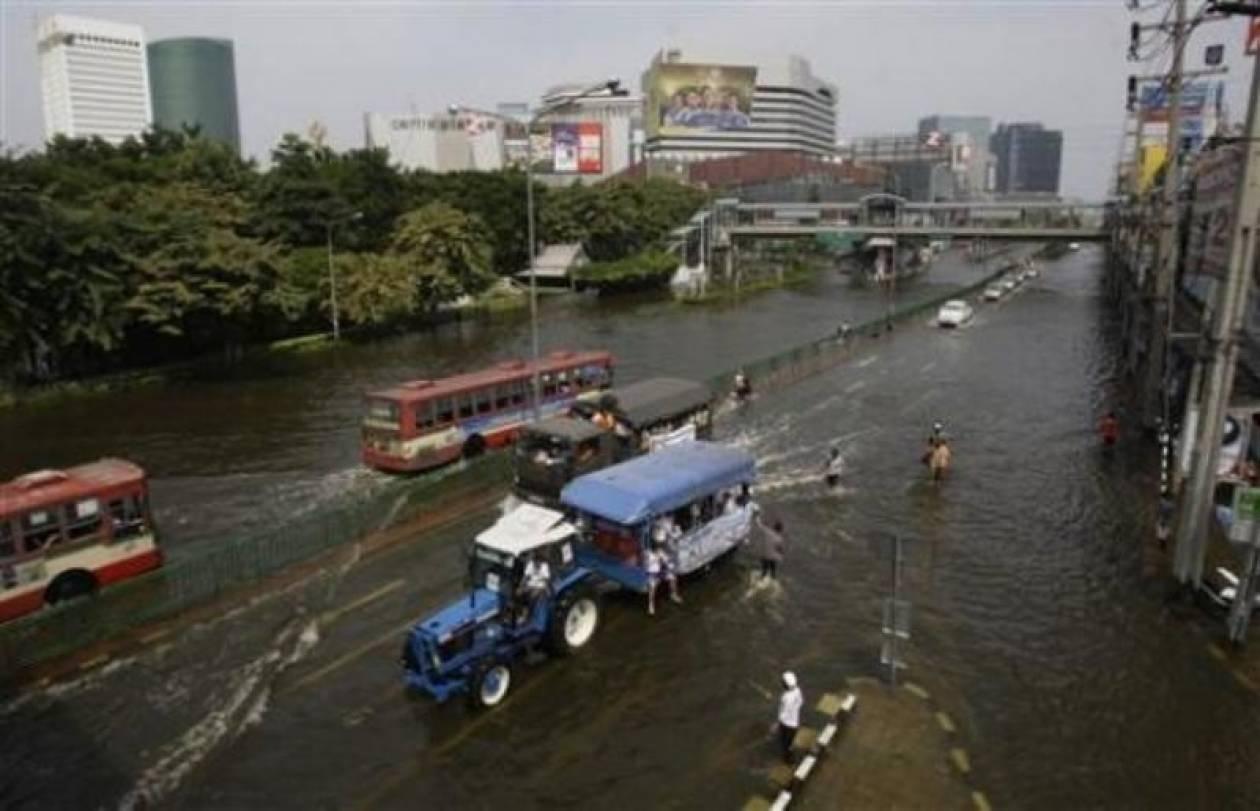 «Βουλιάζει» η Ταϋλάνδη