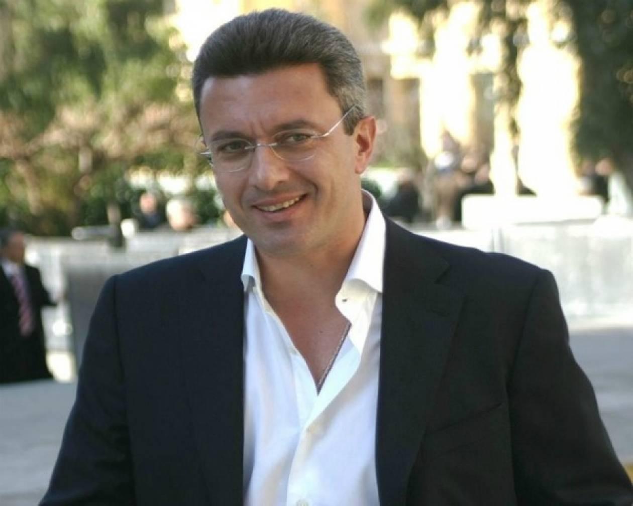 Ο Νίκος Χατζηνικολάου με μια εβδομάδα αφωνία