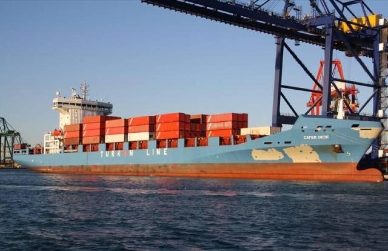 Προσάραξε φορτηγό πλοίο στη Σύρο