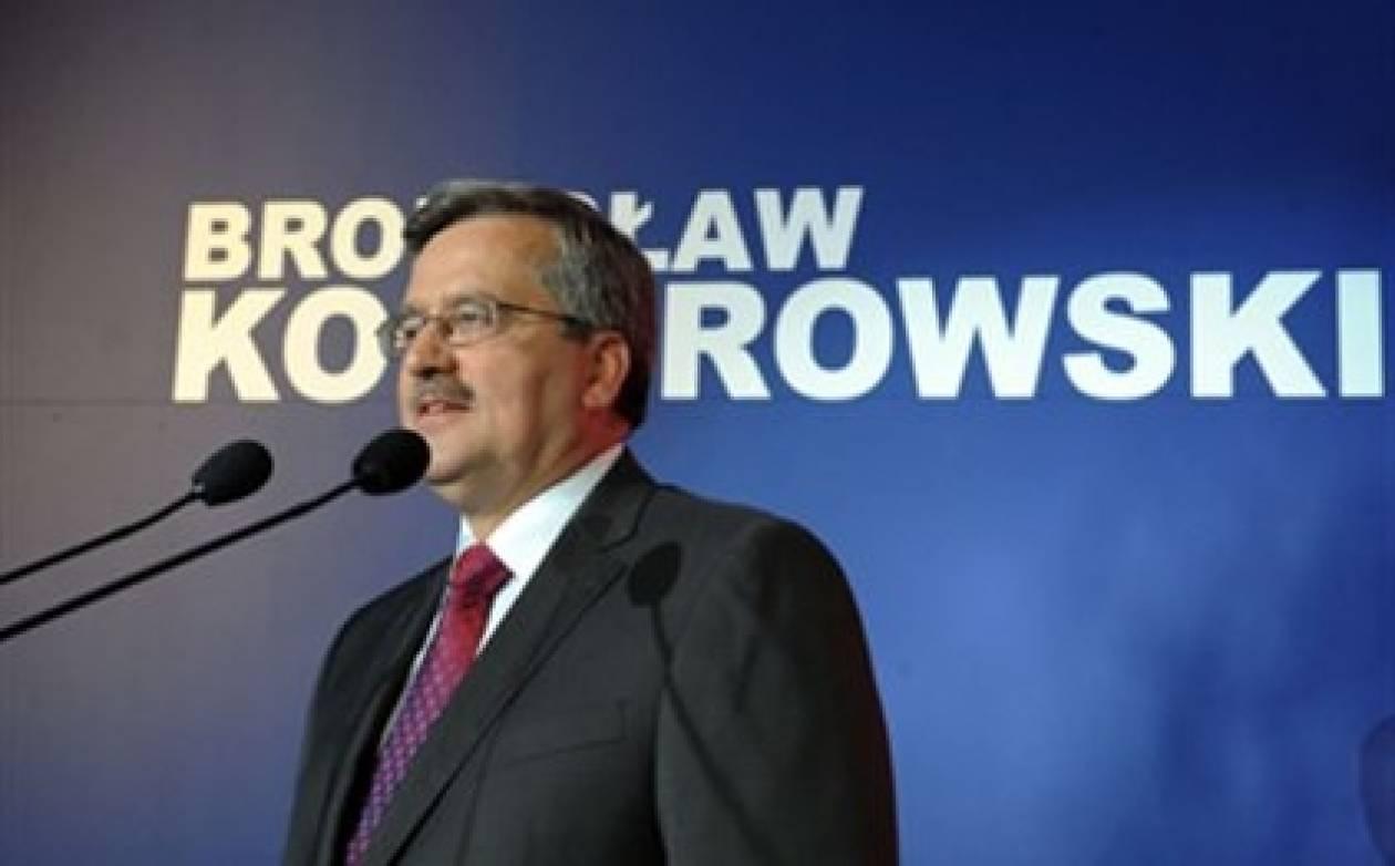 Γρήγορο σχηματισμό κυβέρνησης ζητά ο Κομορόφσκι