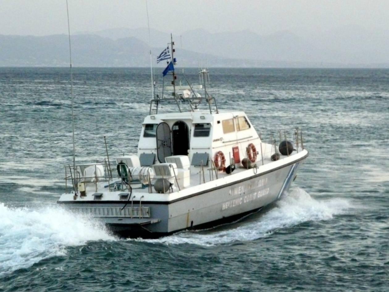 Λαχτάρησαν πέντε επιβάτες σκάφους