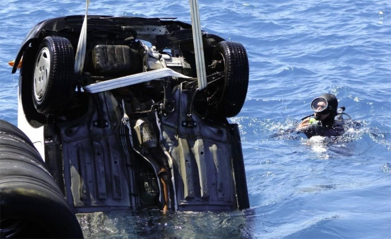 Λευκάδα: Πτώση αυτοκινήτου στη θάλασσα