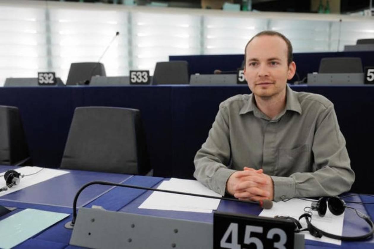Υπό κράτηση στο Ισραήλ Ιρλανδός ευρωβουλευτής