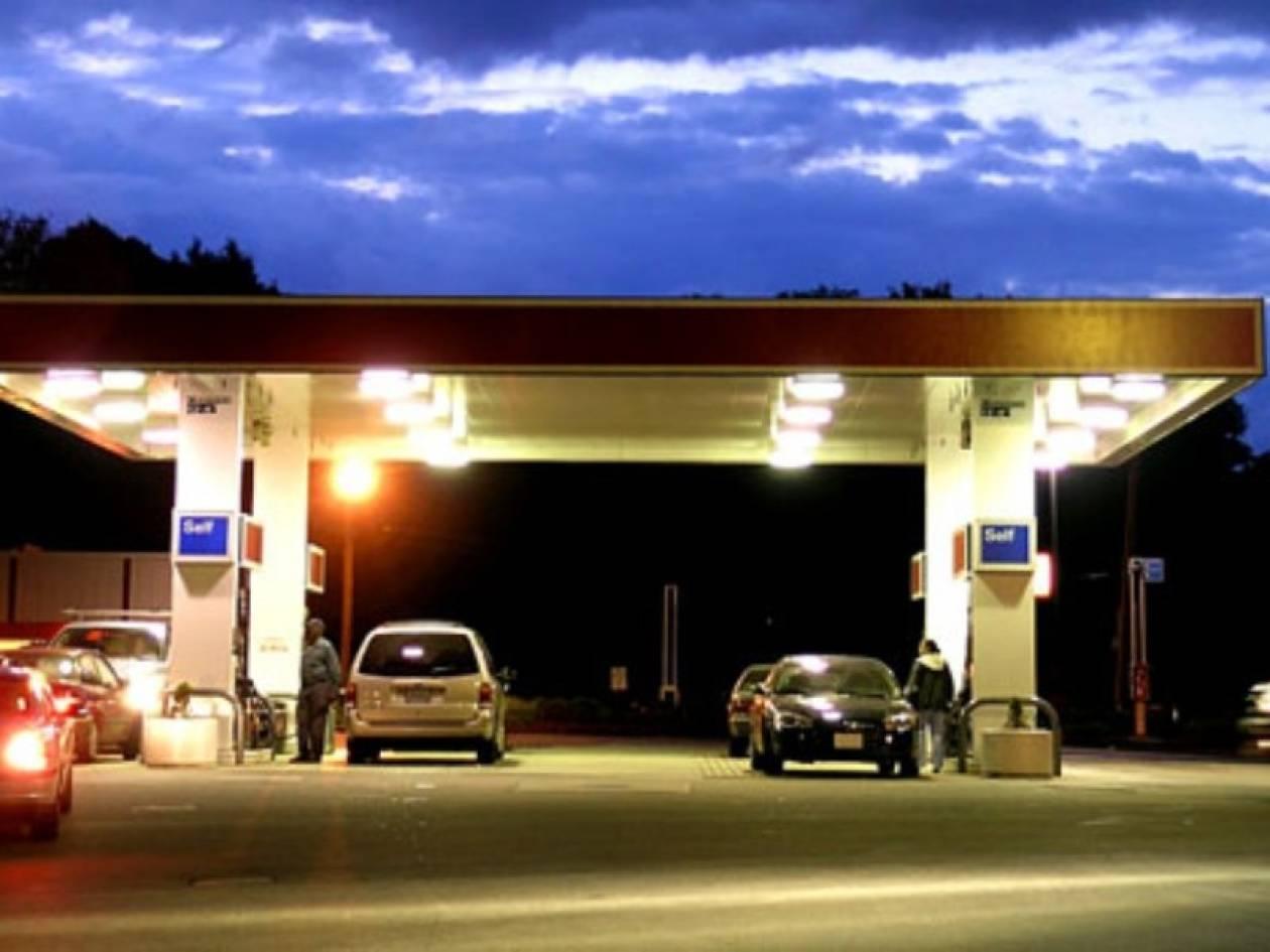 Έκλεψαν αμάξι αφού «άδειασαν» βενζινάδικο