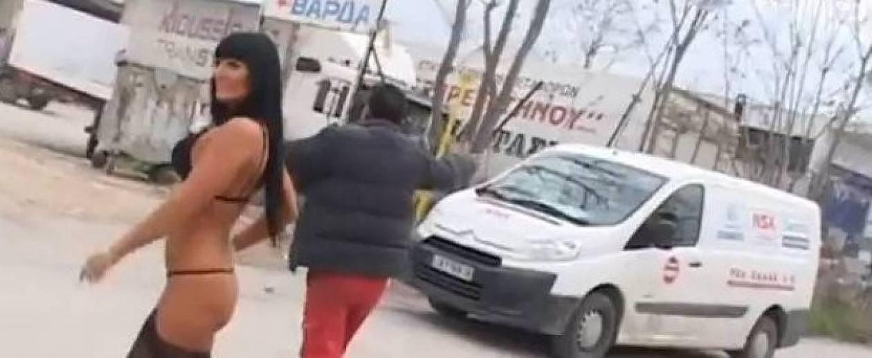Γύριζαν πορνό σε χώρο στάθμευσης φορτηγών