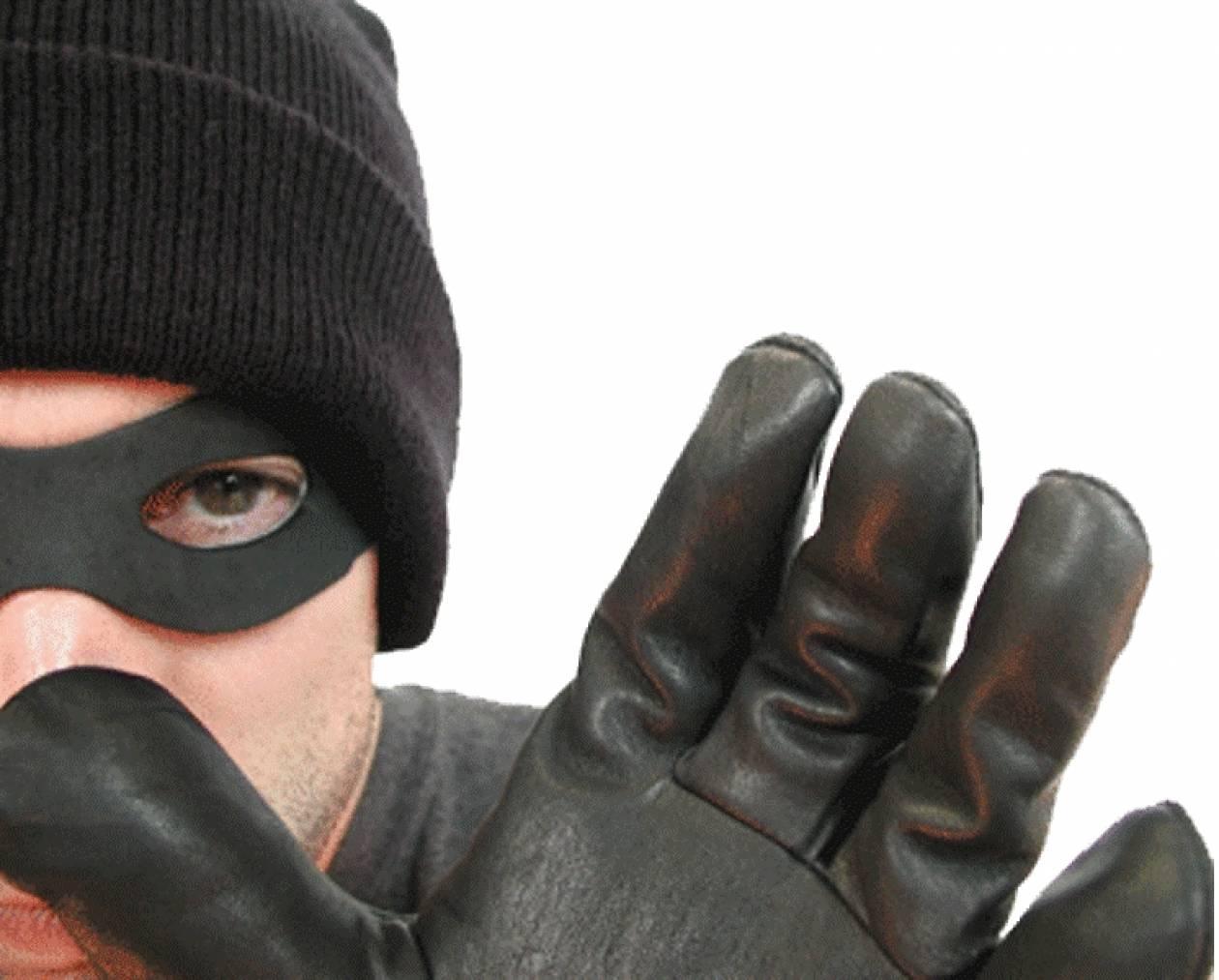 Εισβολή ενόπλων σε κατοικία στο Πικέρμι