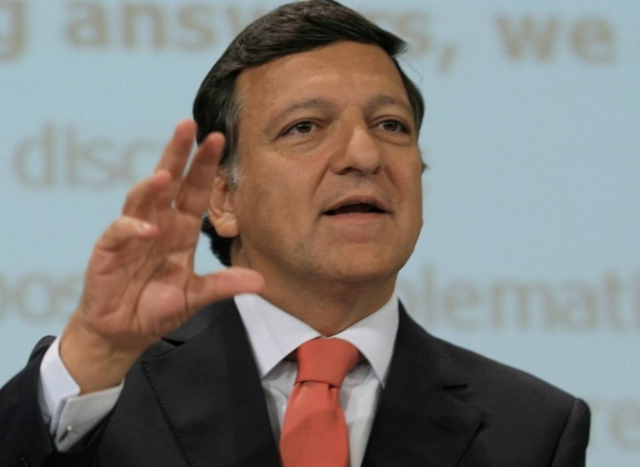 Μπαρόζο: Η Ιταλία χρειάζεται κυβέρνηση «ευρείας πολιτικής στήριξης»
