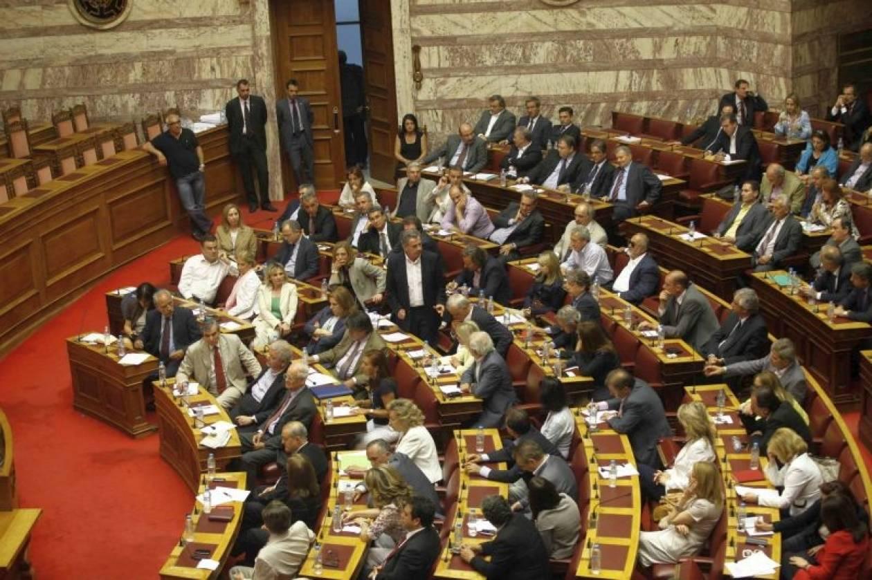 Πρωτοβουλίες Παπανδρέου ζητούν βουλευτές του ΠΑΣΟΚ