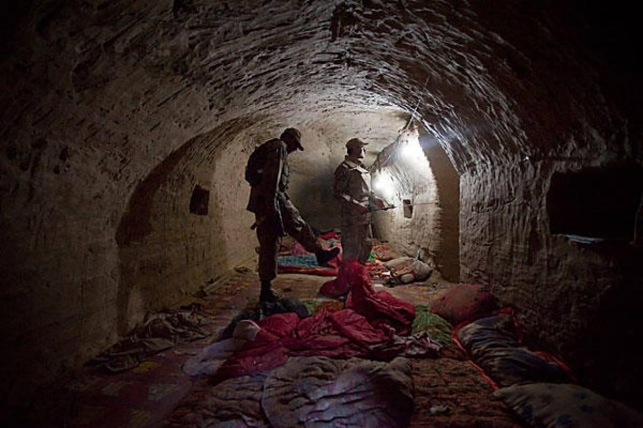 Τρεις νεκροί αντάρτες σε καταφύγιο της Αλ Κάιντα