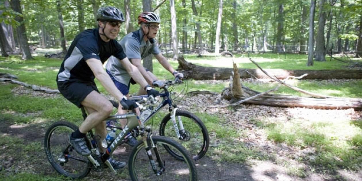 Έπεσε από το ποδήλατο ο γενικός γραμματέας του ΝΑΤΟ