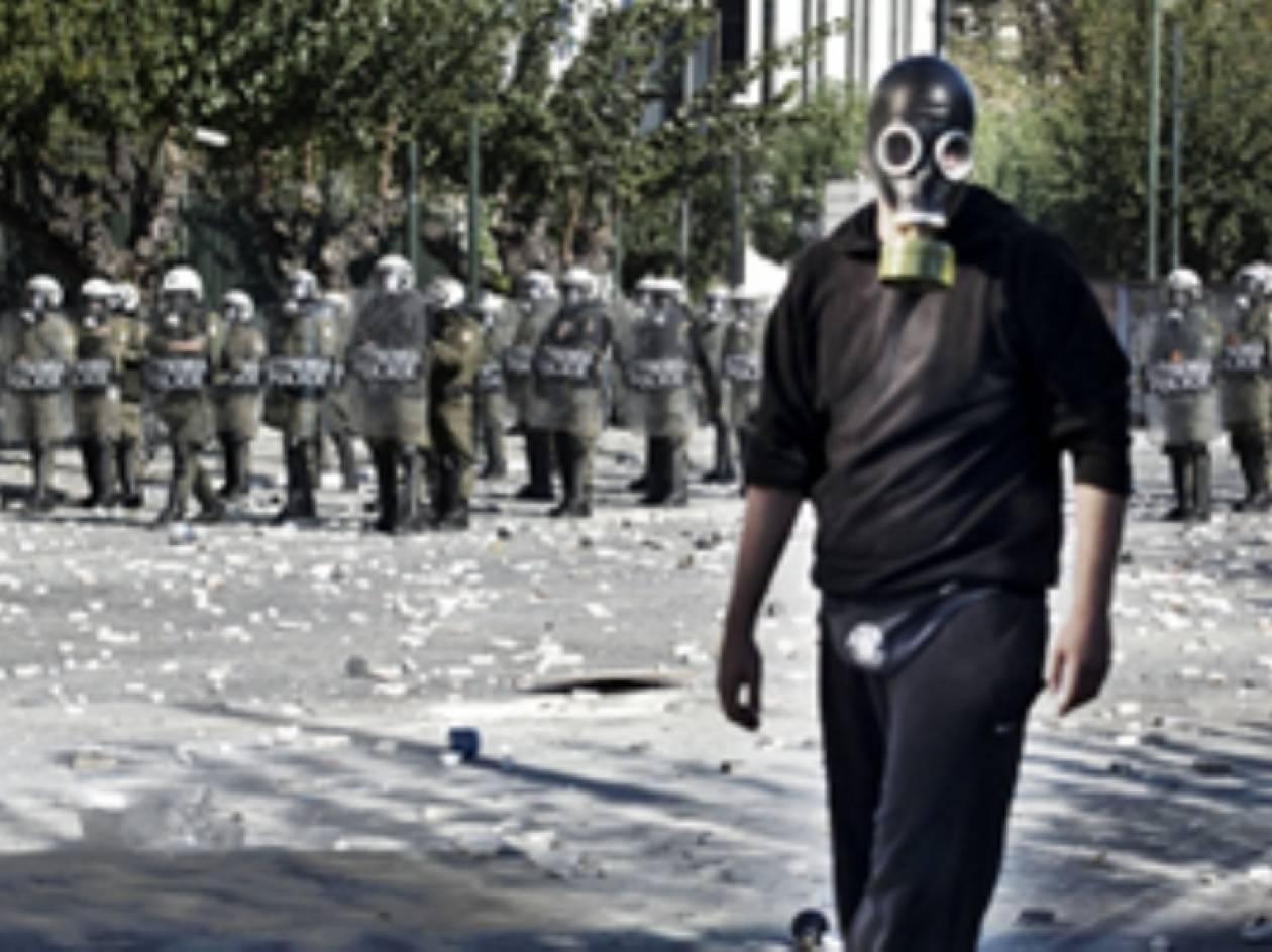 ΤΙΜΕ: Η Ελλάδα στο χείλος του γκρεμού