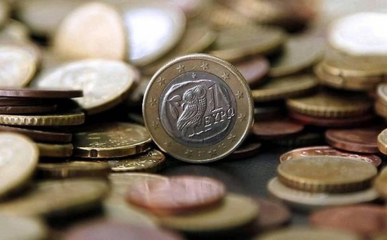 Σε βαθιά ύφεση παραμένει η ελληνική οικονομία