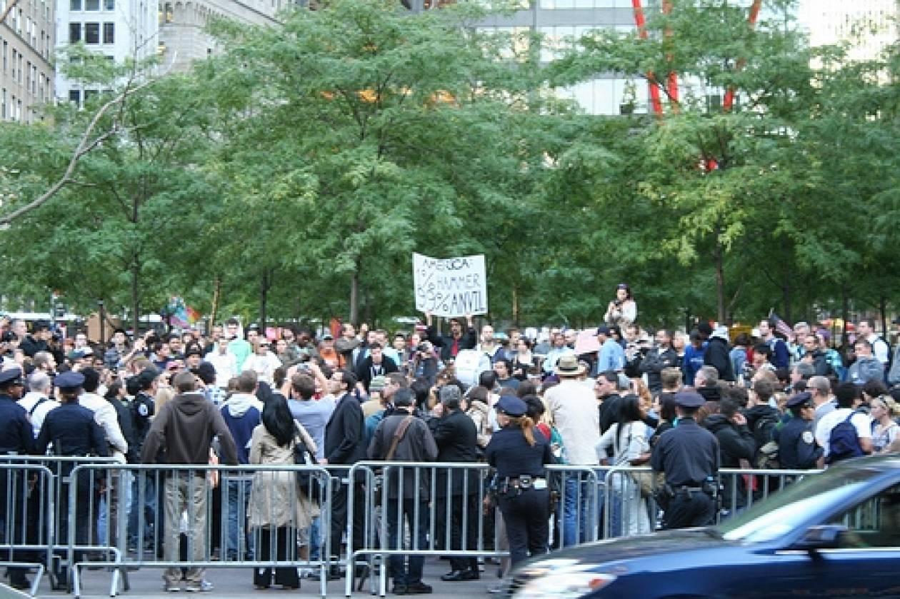 Χωρίς τις σκηνές τους οι διαδηλωτές στο πάρκο Ζουκότι