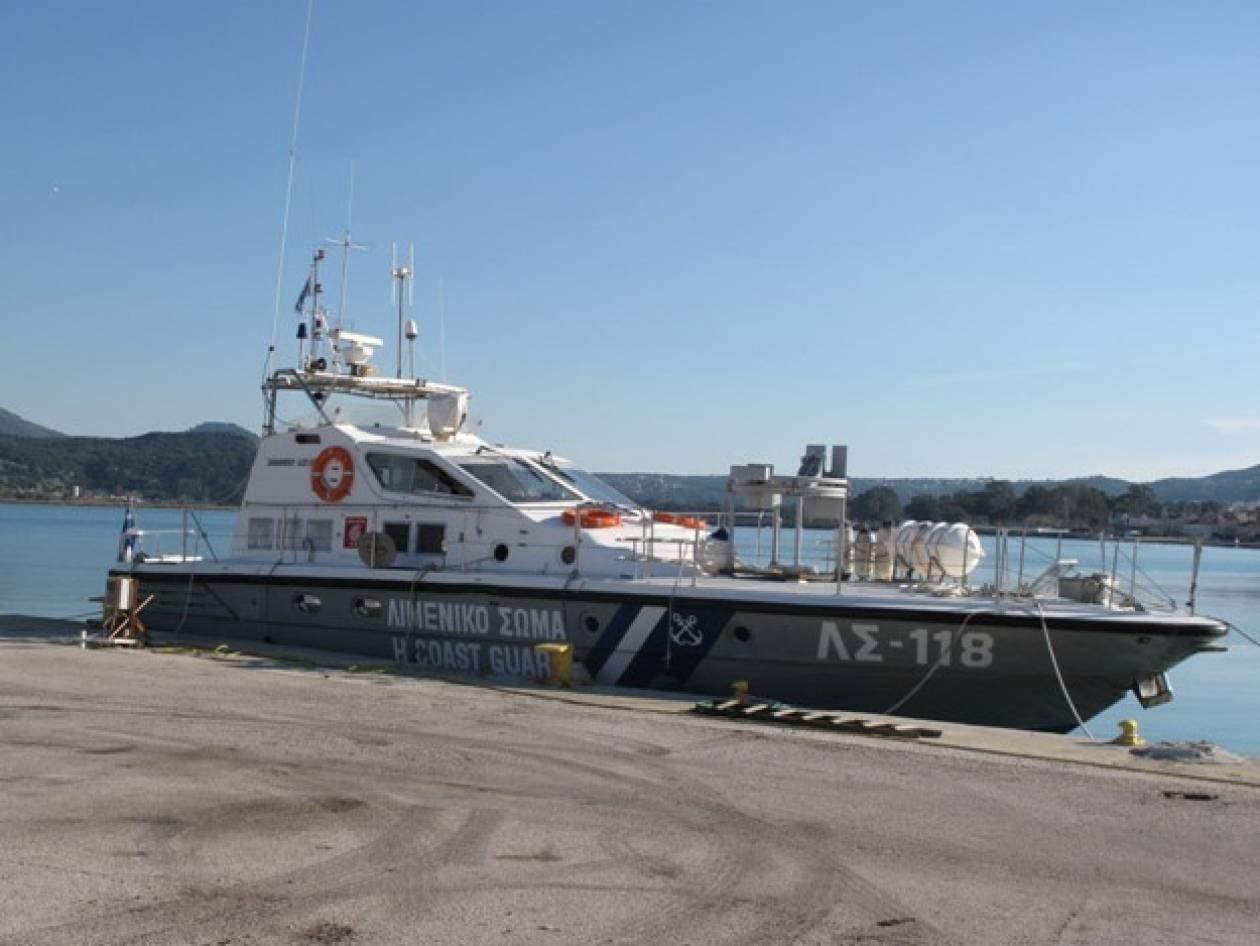 Ακίνητο εδώ και 11 μήνες το λιμενικό σκάφος της Αλεξανδρούπολης!