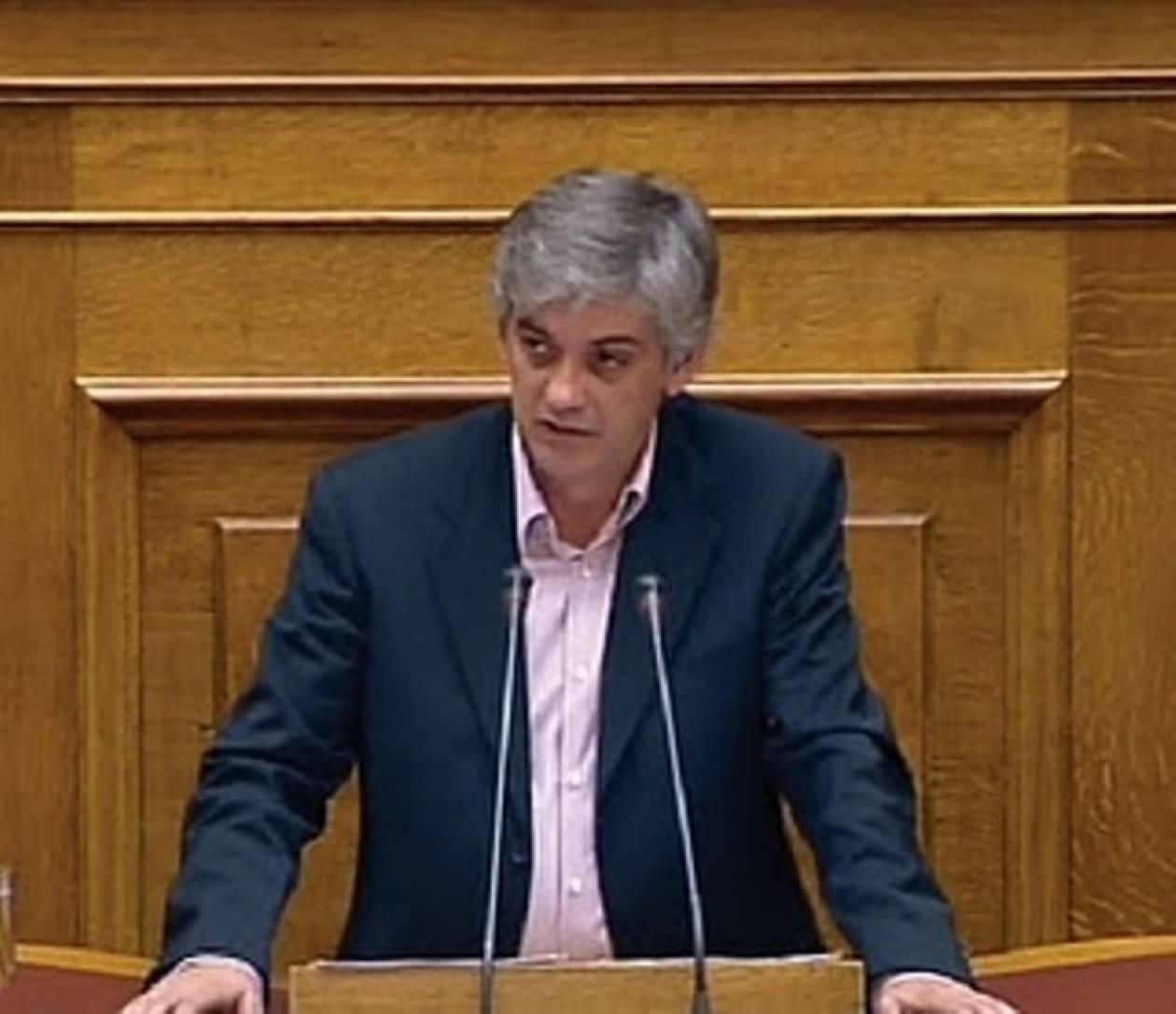 Δεν δίνει ψήφο εμπιστοσύνης ο Χ. Κατσούρας