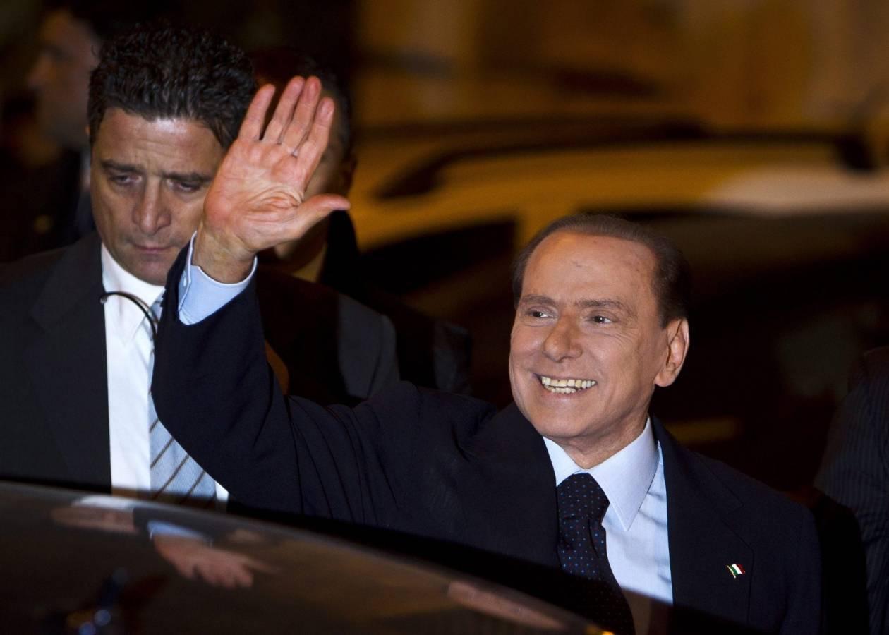 Μπερλουσκόνι: «Ανωμαλία της Δημοκρατίας» η κυβέρνηση Μόντι