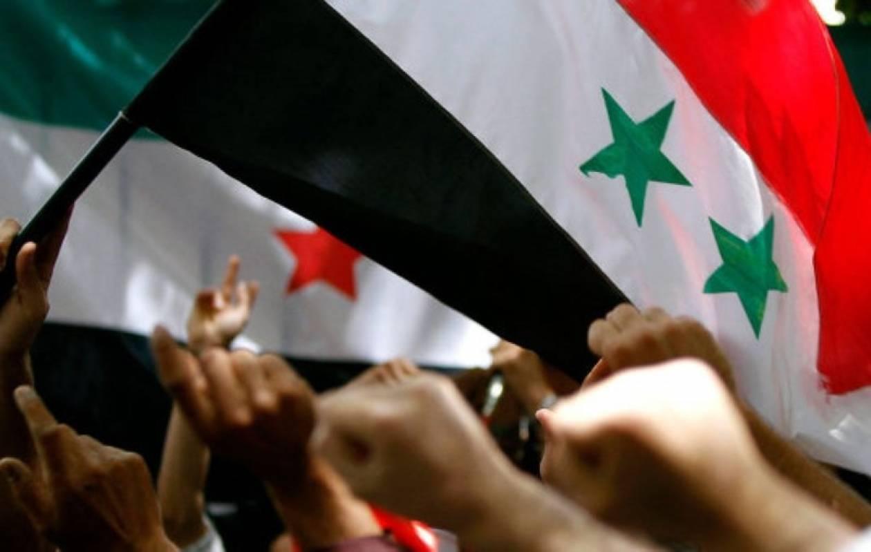 Οι διαδηλωτές επιμένουν στη Συρία