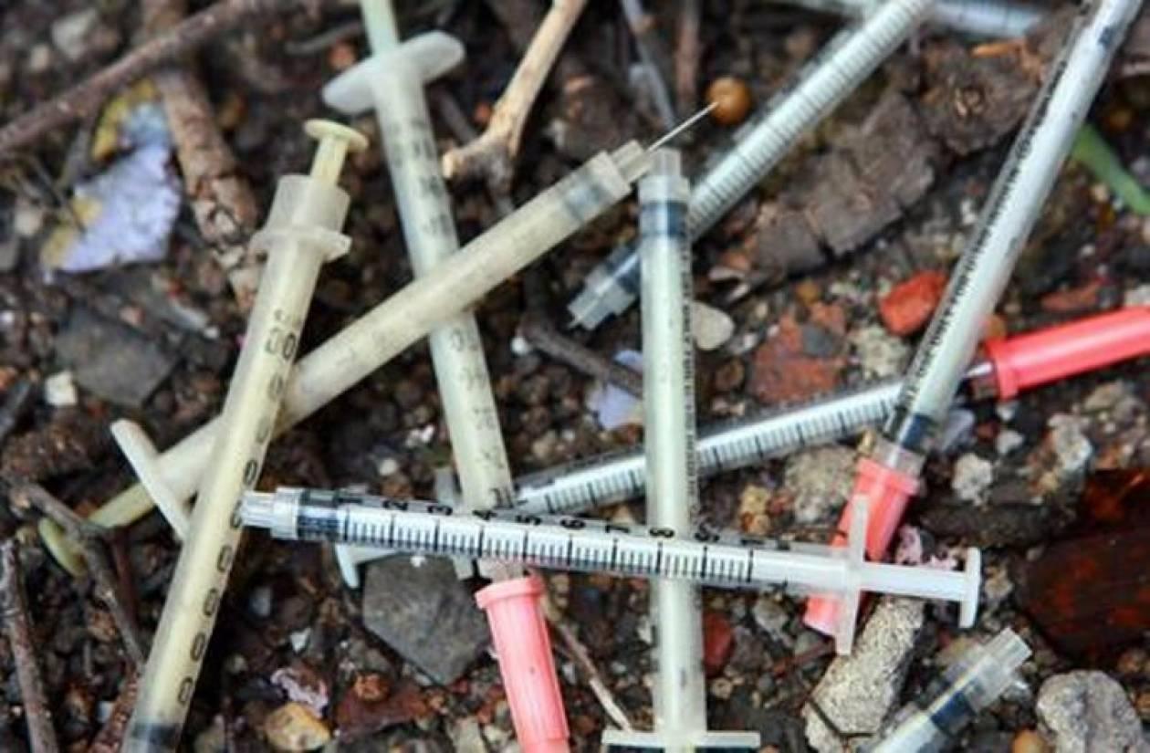 «Έσβησε» χρήστης ναρκωτικών σε δημόσιες τουαλέτες