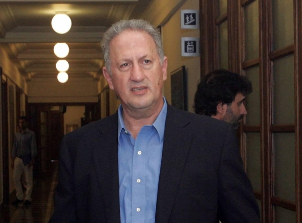 Πρωτοβουλίες για τη νέα εποχή στο ΠΑΣΟΚ ζητά ο Κ. Σκανδαλίδης