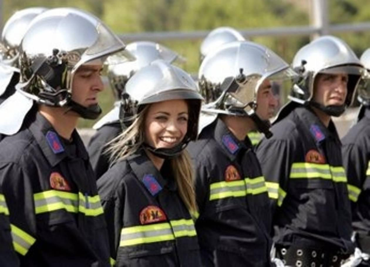 Eθελοντικό πυροσβεστικό κλιμάκιο στη Νίσυρο