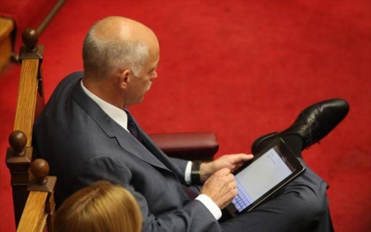 Περασμένα μεγαλεία ενός πρωθυπουργικού ipad!