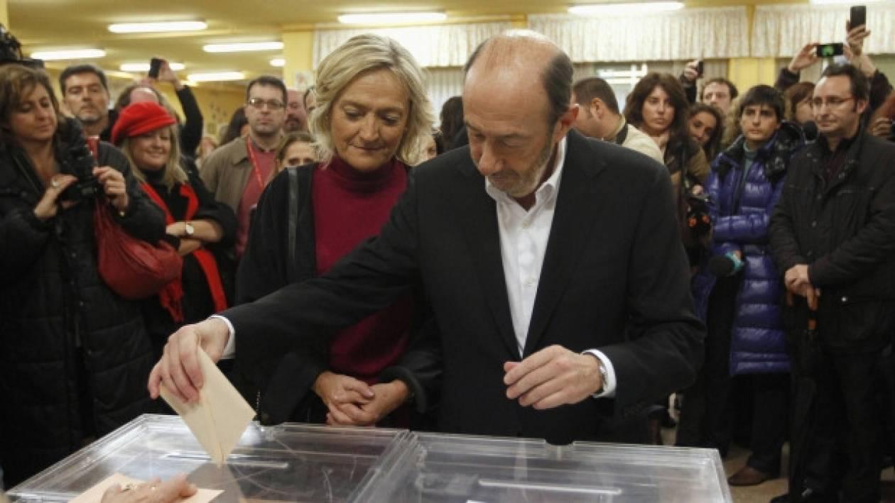 Παραδοχή ήττας από τους Σοσιαλιστές στην Ισπανία
