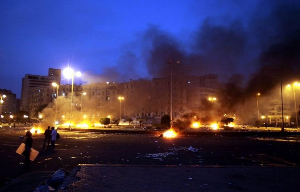 Δώδεκα οι νεκροί από τις συγκρούσεις στην πλατεία Ταχρίρ
