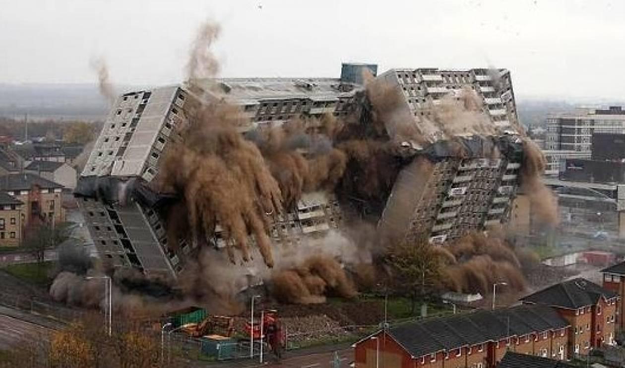 Εντυπωσιακή ελεγχόμενη έκρηξη στην Σκωτία