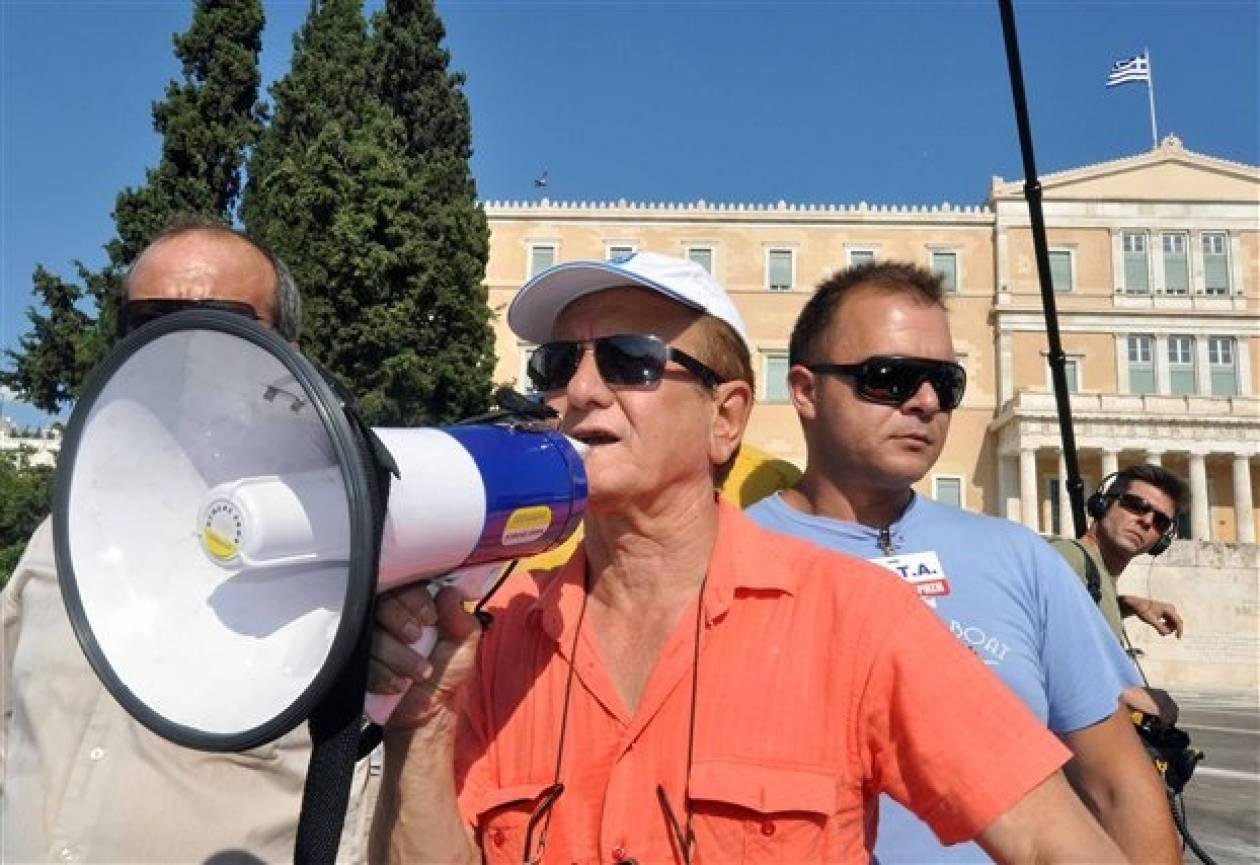 Ιδρύεται κόμμα ταξιτζήδων με αρχηγό το Θ.Λυμπερόπουλο