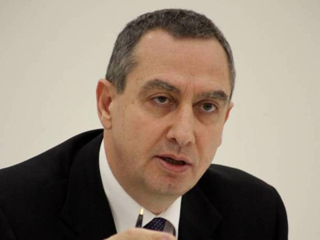 Γ. Μιχελάκης: «Κανένα αίτημα από την Ε.Ε για υπογραφή του Σαμαρά»