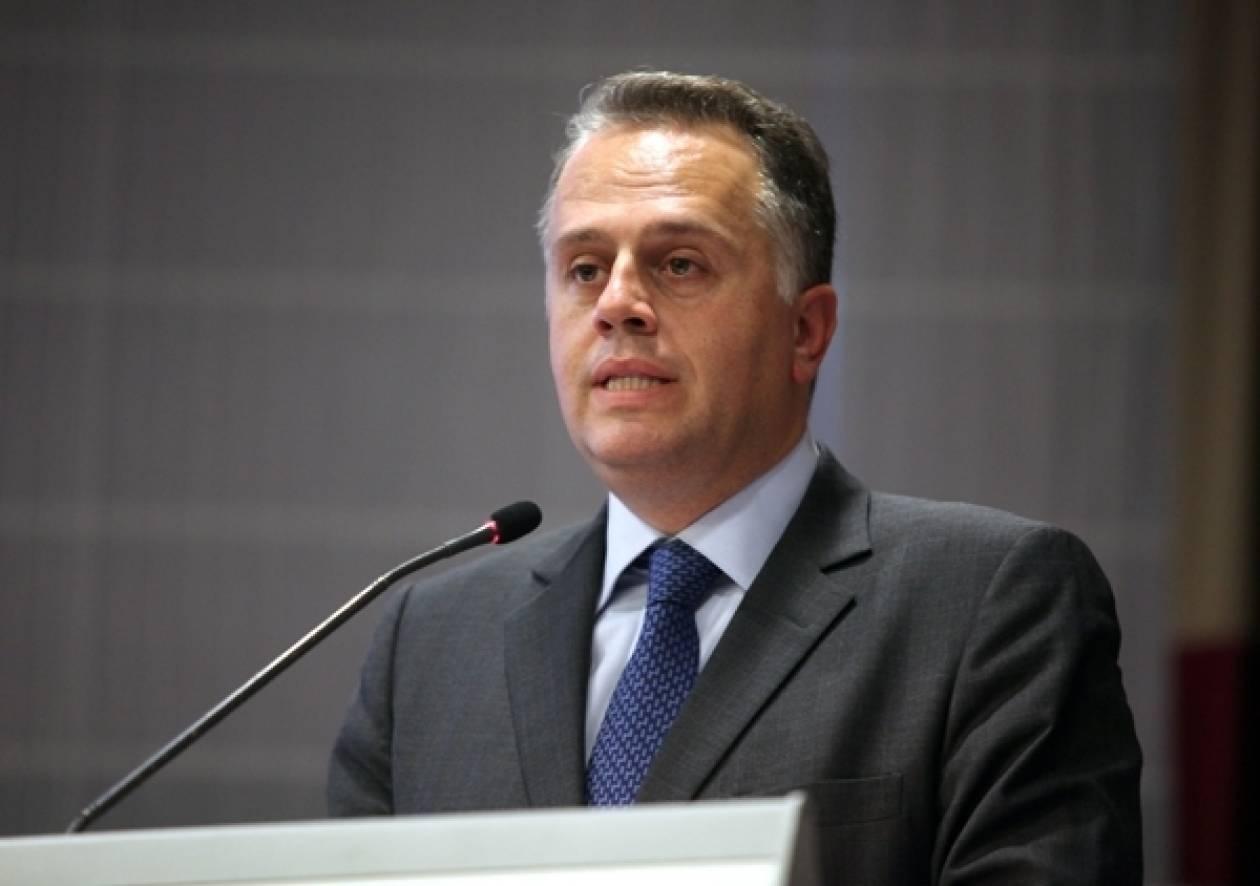 Ανάπτυξη- Ναυτιλία- Ανταγωνιστικότητα θυσιάζονται για το ΠΑΣΟΚ