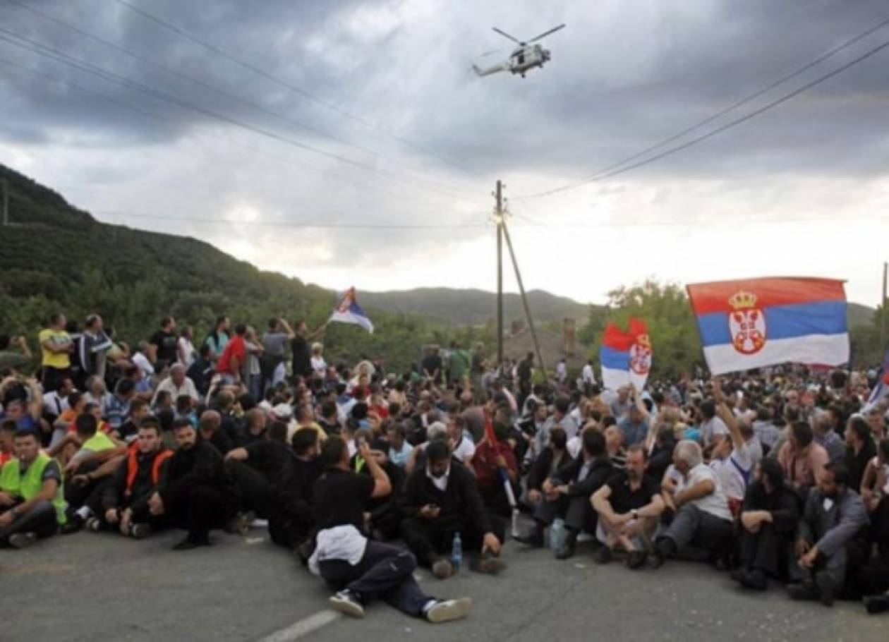 Στήθηκαν ξανά οδοφράγματα στο Βόρειο Κόσοβο