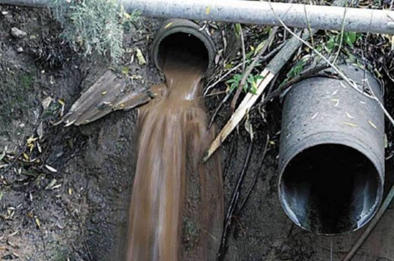 Μόλυναν με βιομηχανικά απόβλητα το περιβάλλον