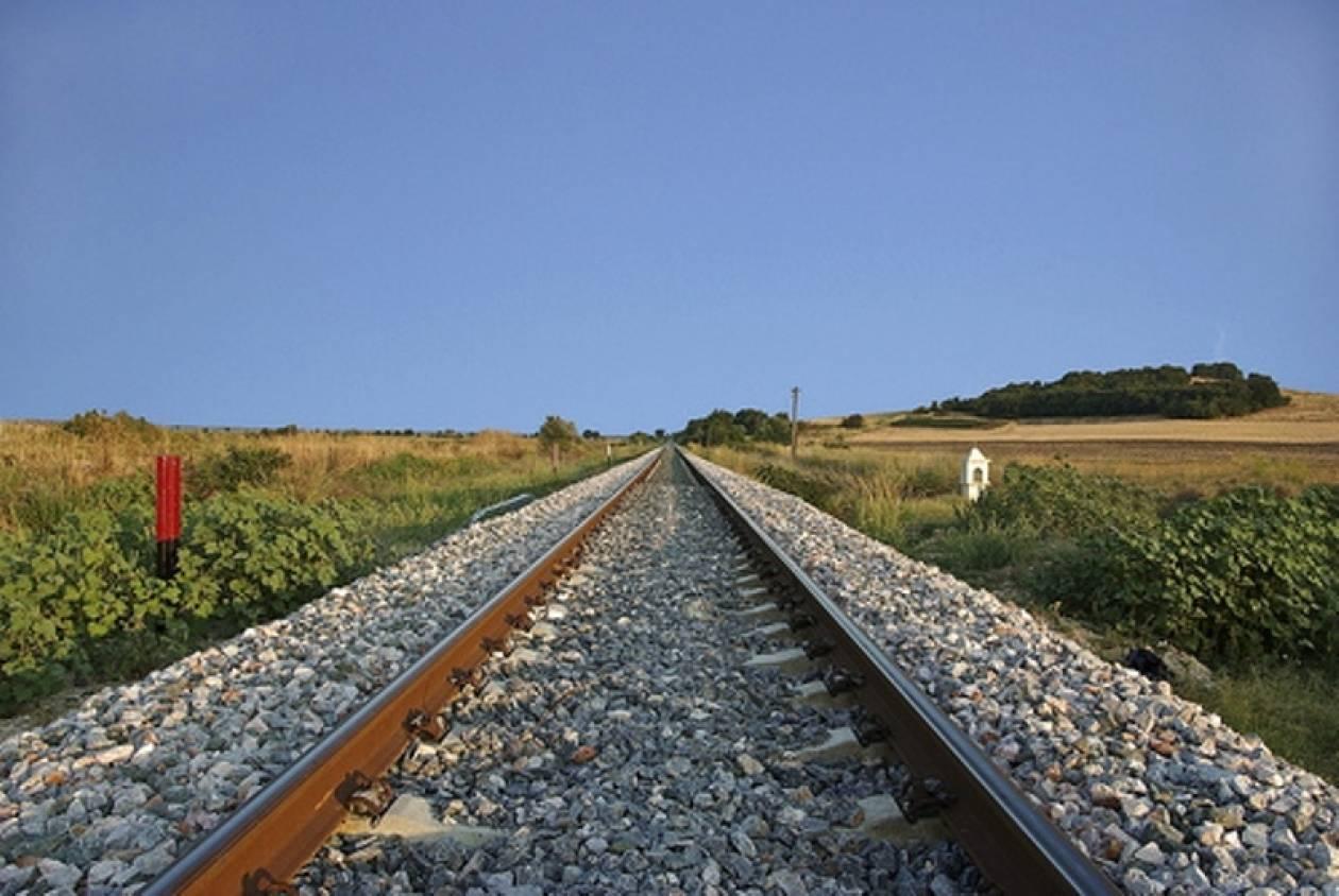Λαμία: «Έσβησε» ο ηλικιωμένος που παρασύρθηκε από τρένο