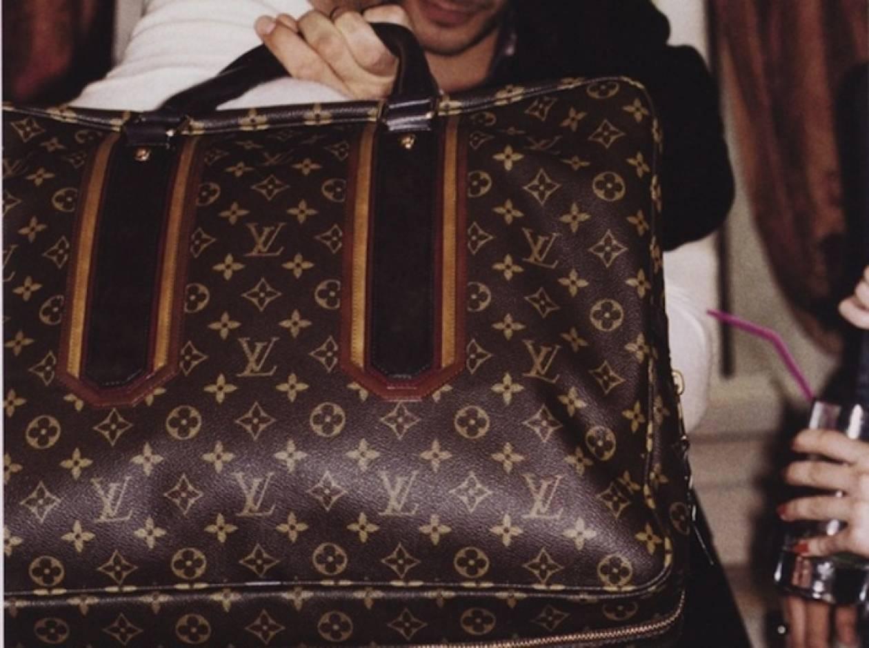 Μασκοφόροι κλέβουν Louis Vuitton αξίας €300.000 στο Παρίσι