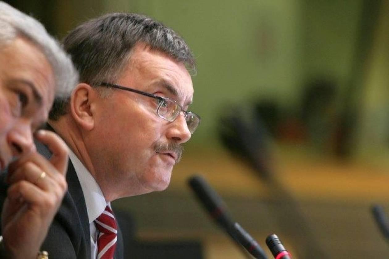 Σταρκ: Το ευρωομόλογο δεν θα λύσει την κρίση