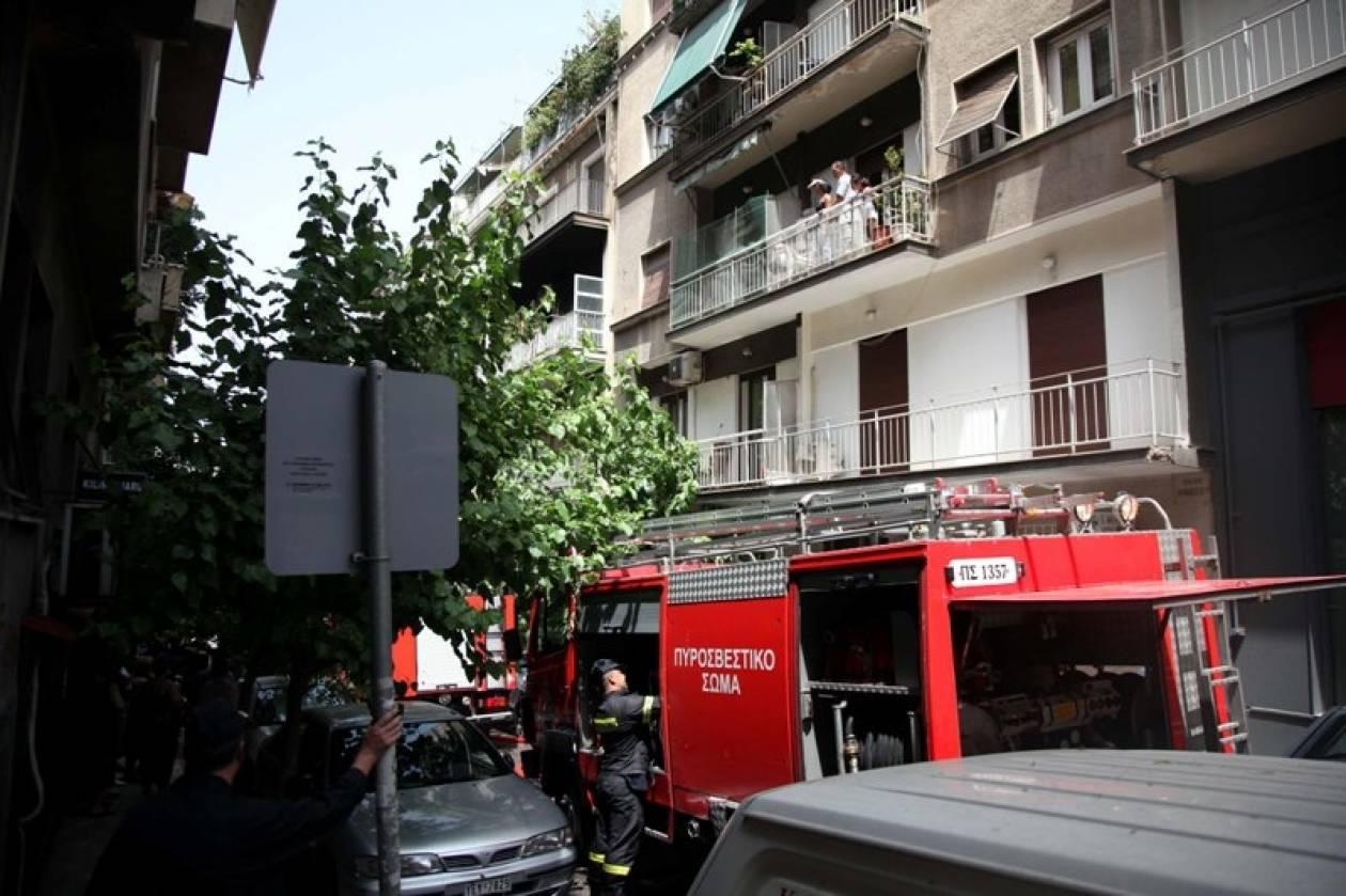 Διαμέρισμα στις φλόγες-Με σοβαρά εγκαύματα ηλικιωμένος