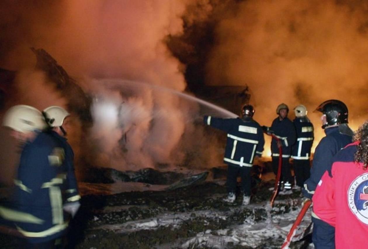 Φωτιά σε φορτηγό όχημα στη Πάτρα