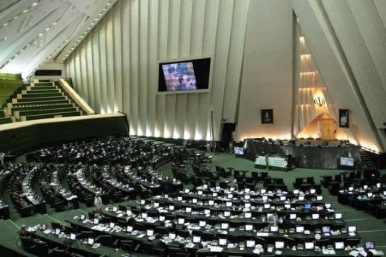 Ιράν: Ξεκίνησε τα «αντίποινα» για τις κυρώσεις