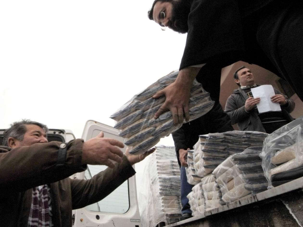 «Ουρές» στα προγράμματα διανομής δωρεάν τροφίμων της ΕΕ