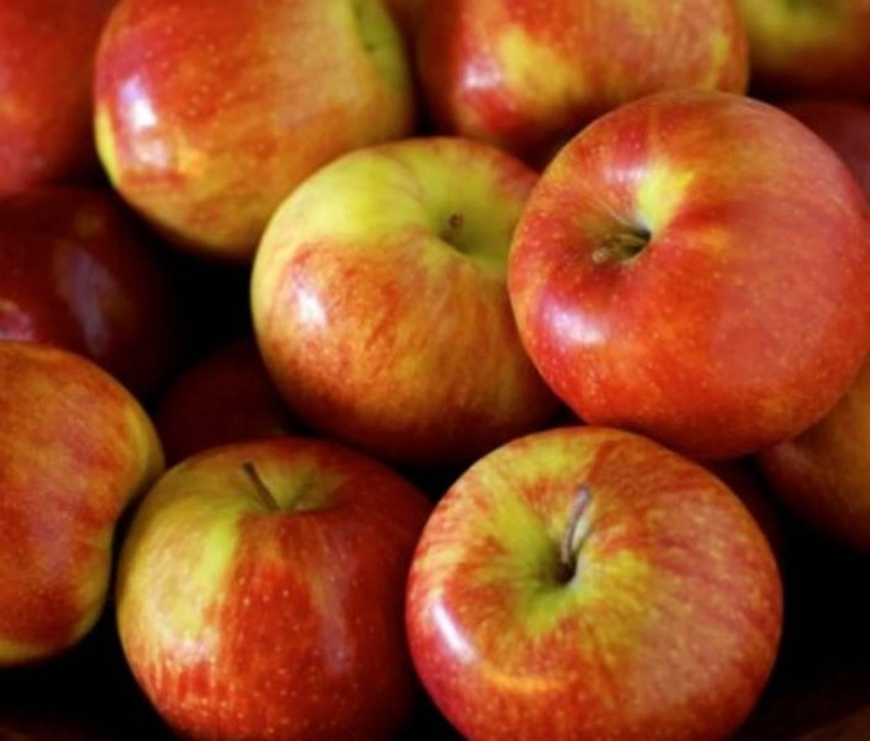 Μήλα με γλυκιά επικάλυψη καραμέλας
