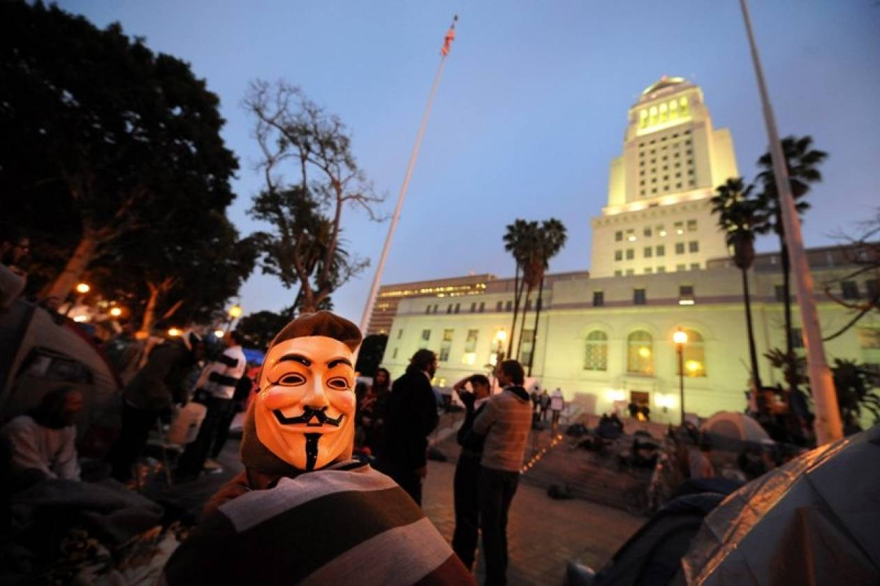 Ολονύκτιες συγκρούσεις στο Λος Άντζελες