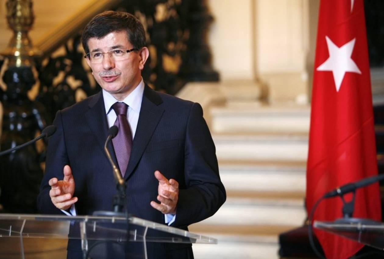 Νταβούτογλου: Έτοιμη για κάθε σενάριο η Τουρκία
