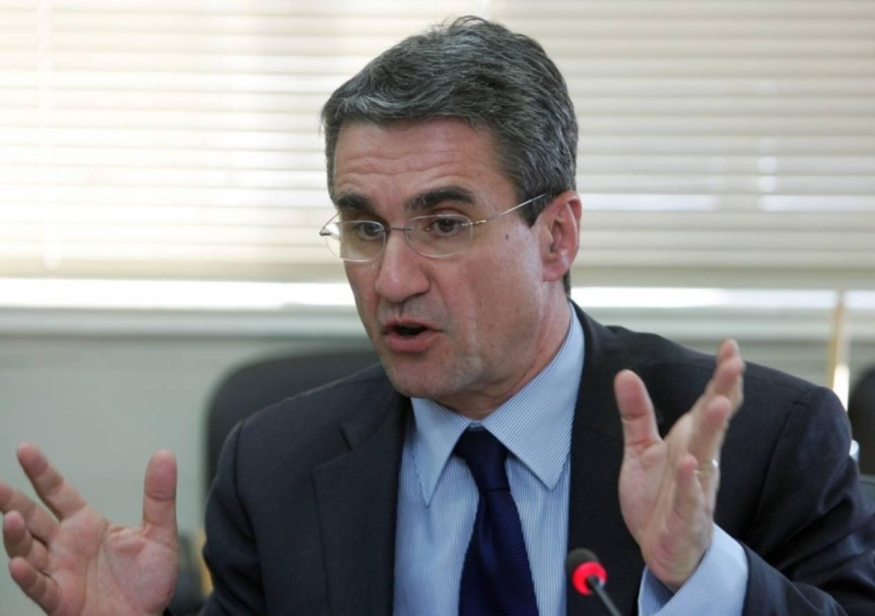 Περιορισμό των πλασματικών εφημεριών, ζήτησε ο υπουργός Υγείας
