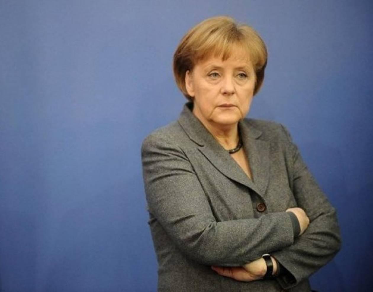 Μέρκελ: Αλλαγές συνθηκών για σταθερότητα του ευρώ