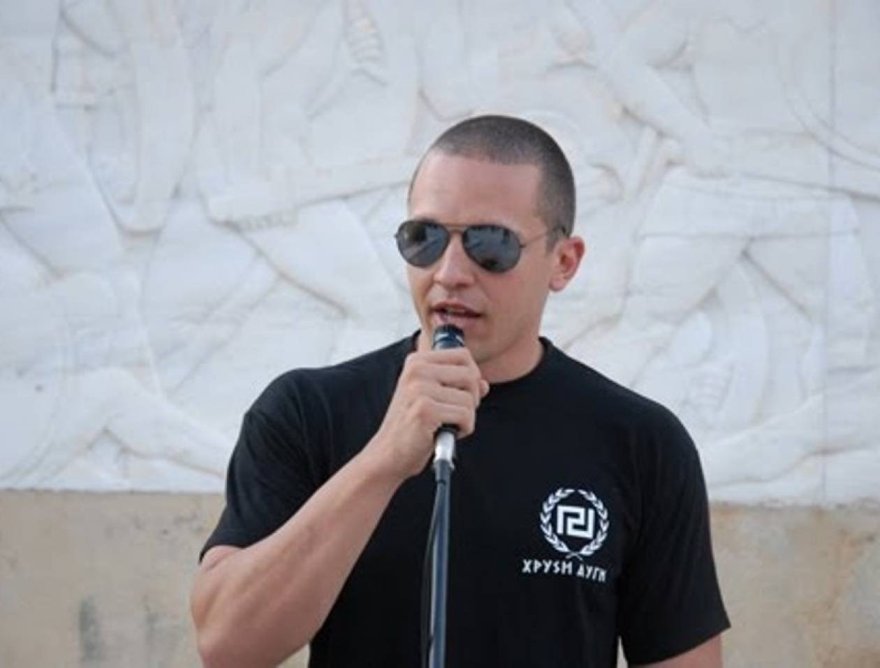 Η. Κασιδιάρης: Οι δημοσιογράφοι πρέπει να πέφτουν για κάμψεις!