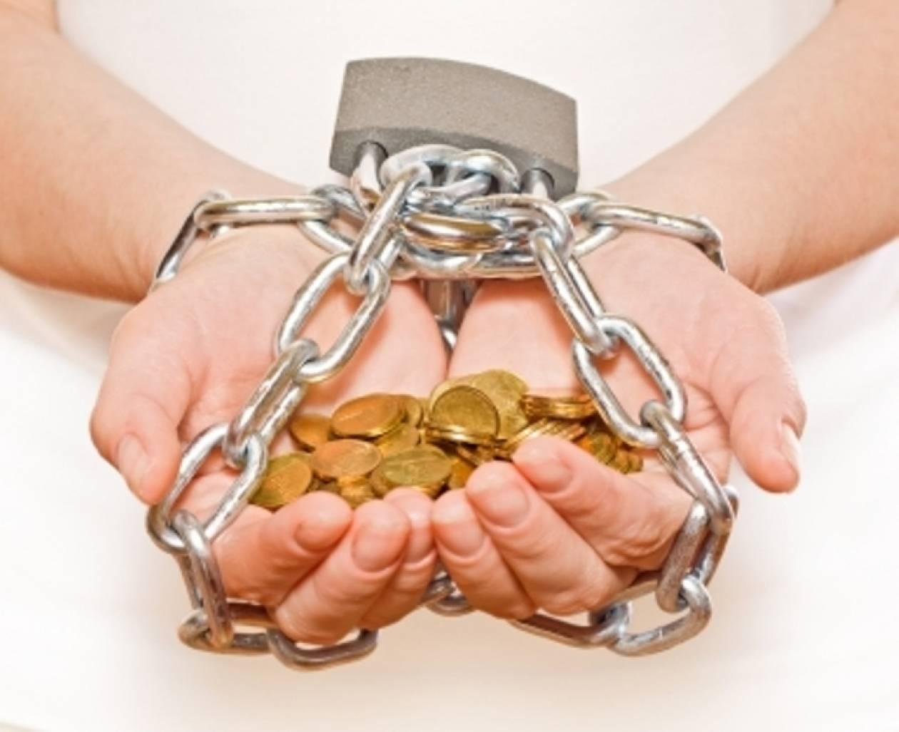 +21.500 ευρώ χρέος για κάθε Έλληνα