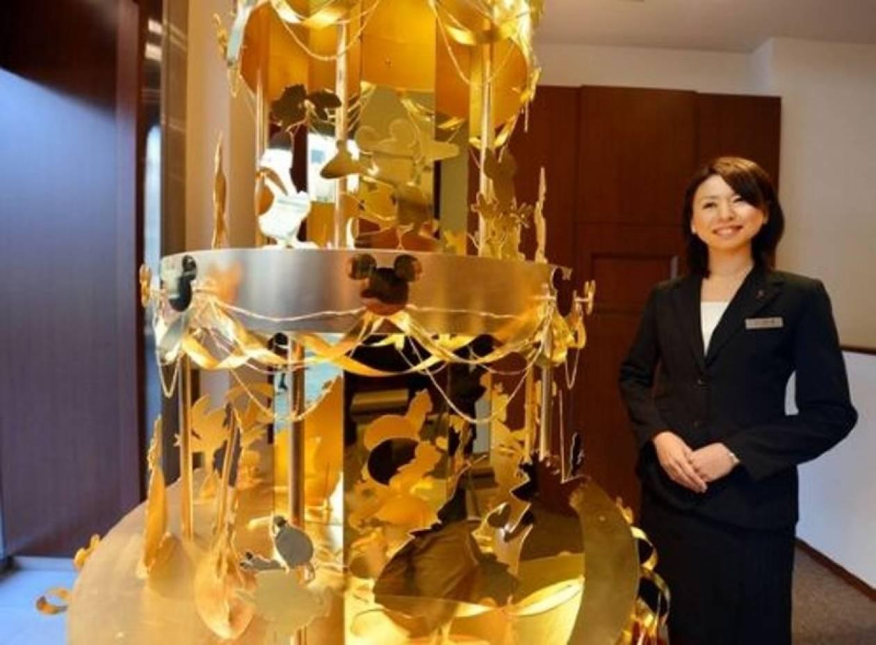 Χριστουγεννιάτικο δέντρο από χρυσό στο Τόκιο